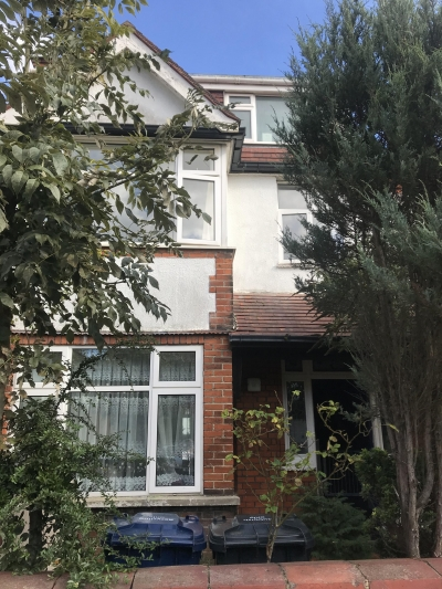 6bedroom house London  Want swap for a 3/4/5 house in Doncaster