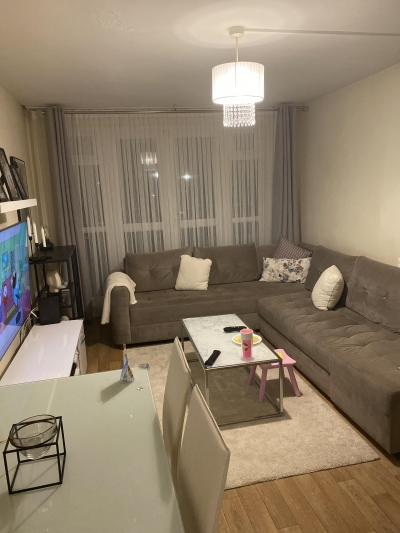 1 bedroom flat , looking for a 2 bedroom flat/ house